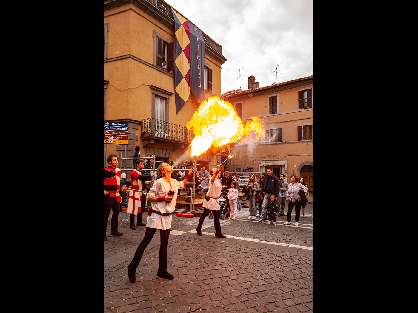 palio-fire-eaters-or-that-curry-was-hot-by-roy-backhouse