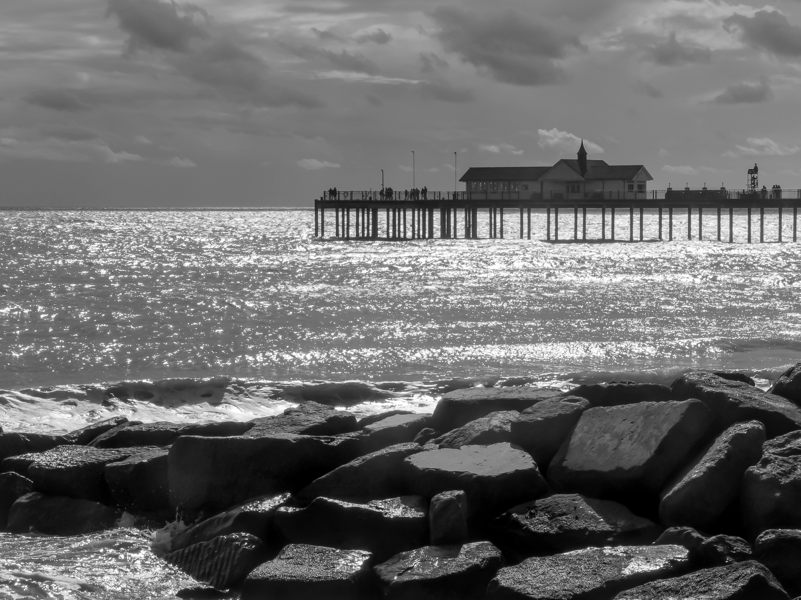 southwold-pier-by-laurie