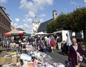 Street market by Richard