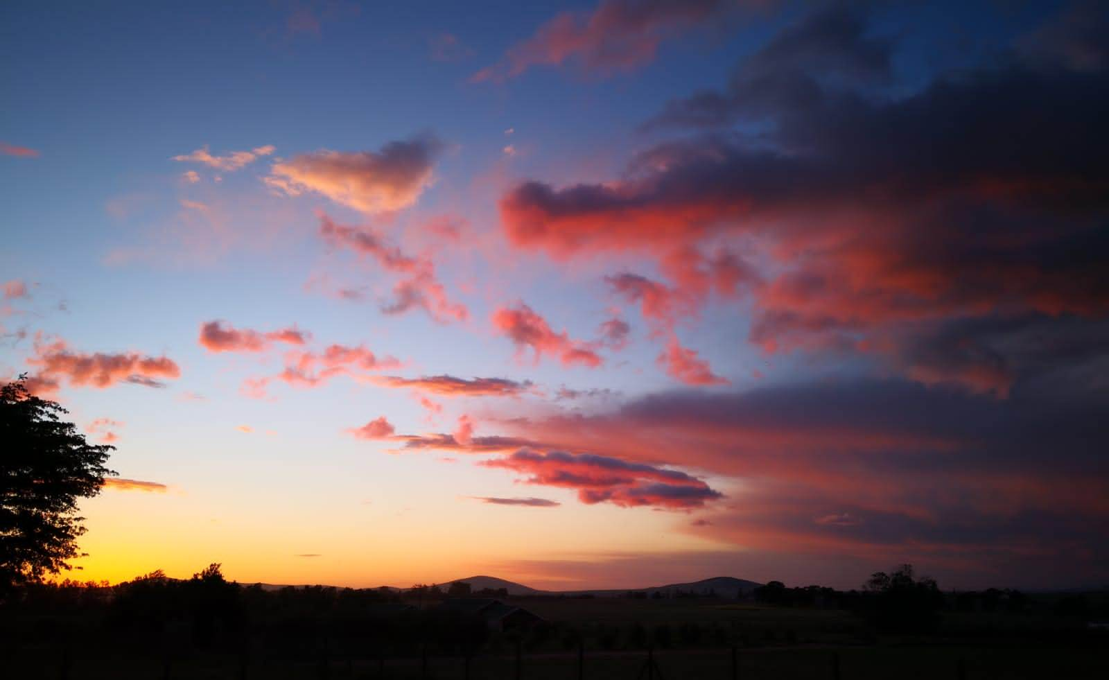 red-clouds-at-sunset-by-janet
