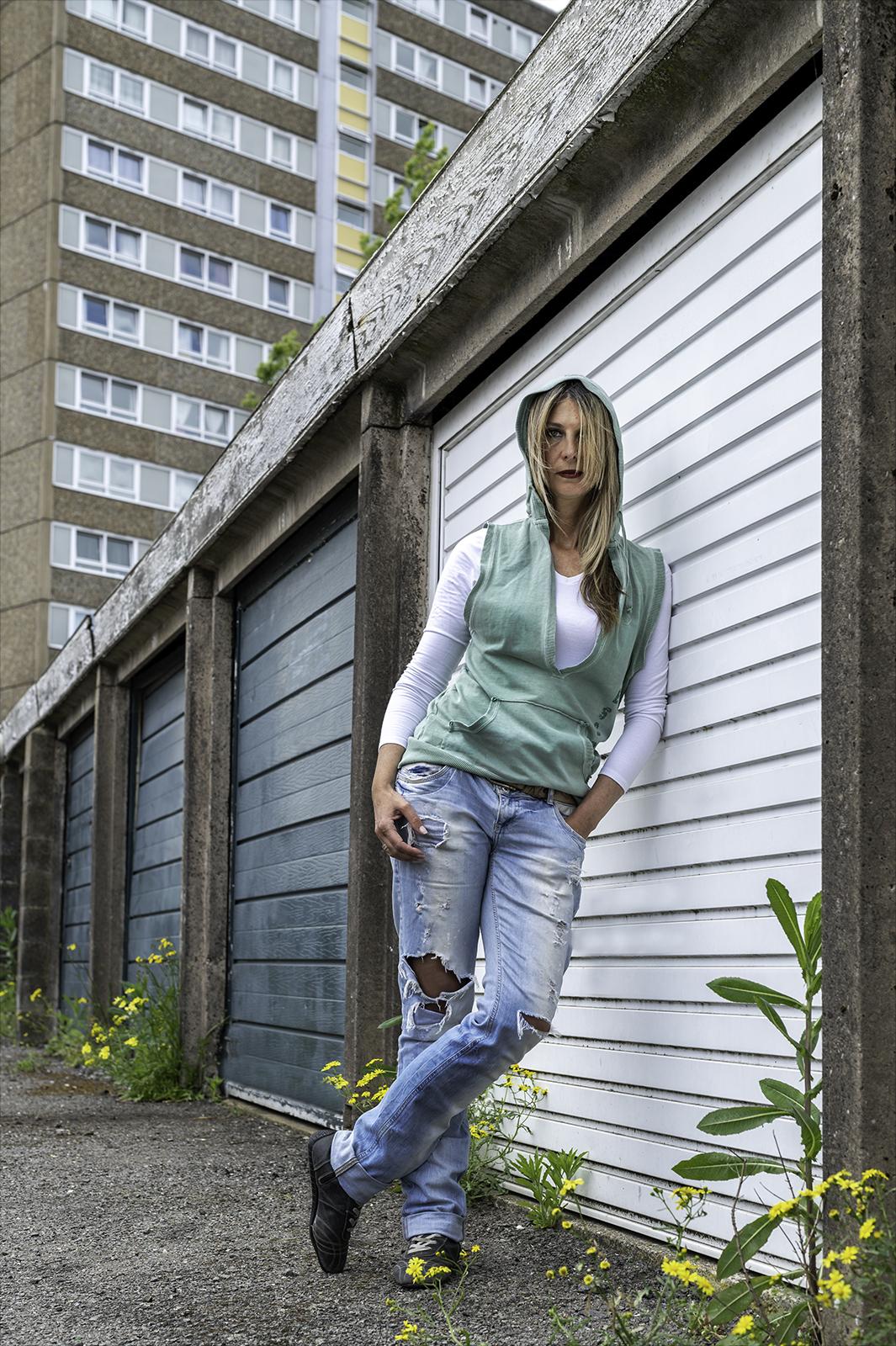 urban-girl-by-aidan-huxford
