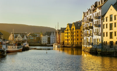 evening-light-in-alesund-harbour-by-peter-darby