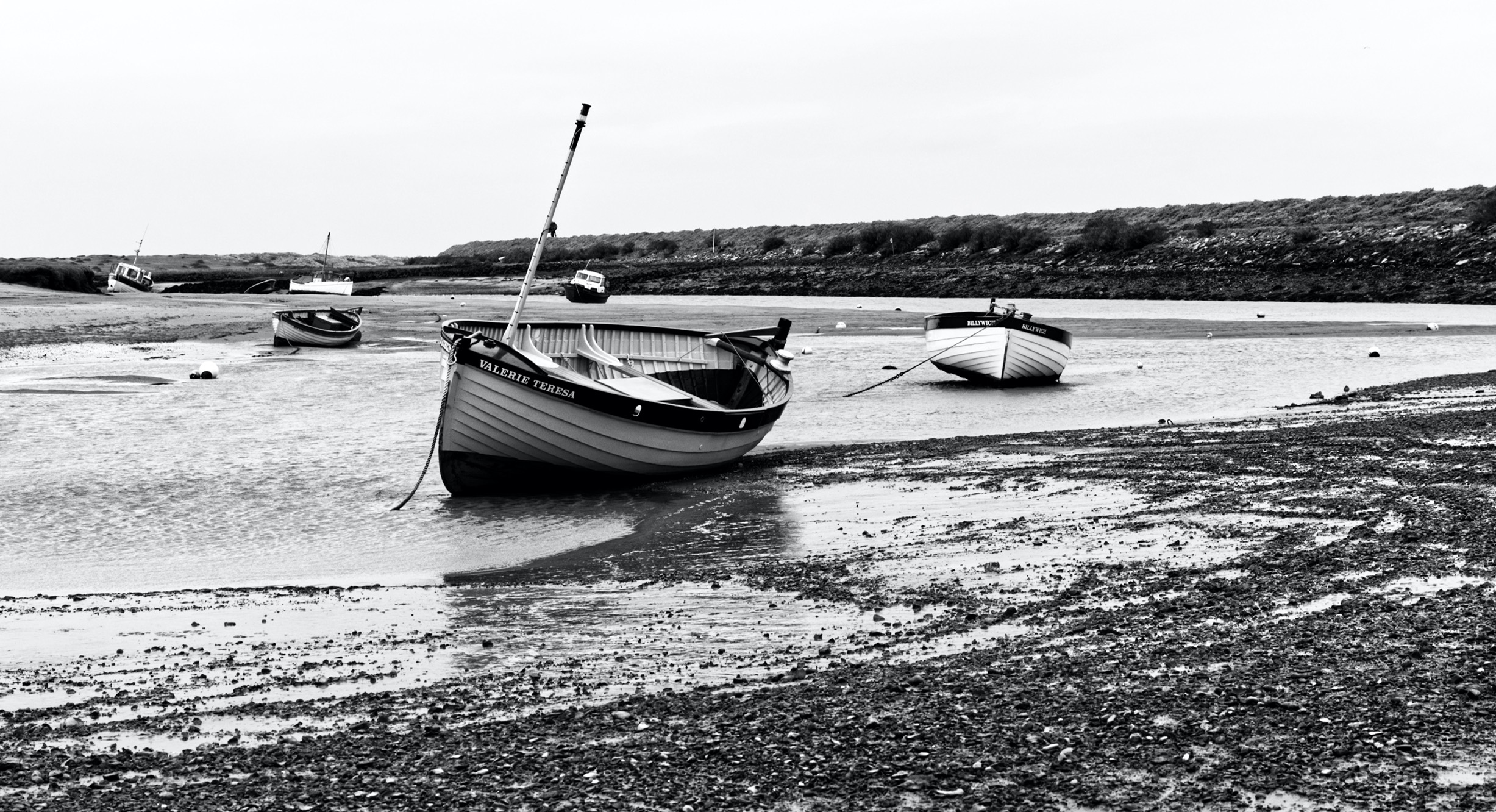 high-and-dry-blakeney-harbour-by-richard
