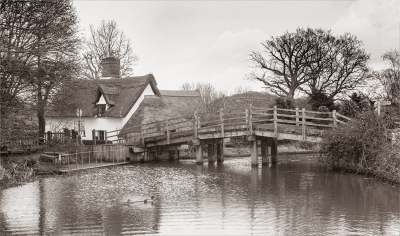 PRINT - bridge-over-the-river-stour-by-roy