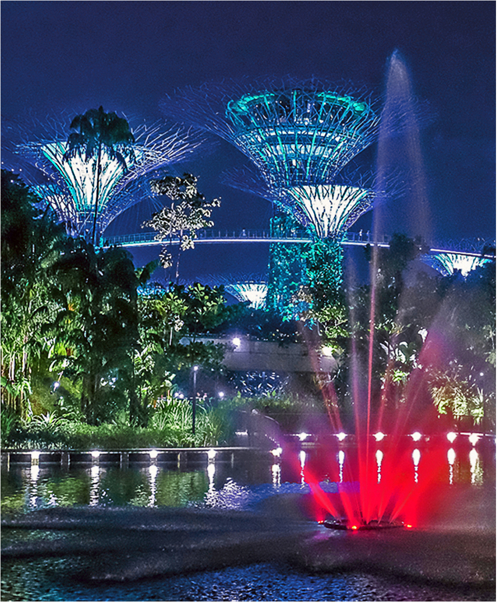 gardens-by-the-bay-light-show-2-by-alan-goldby