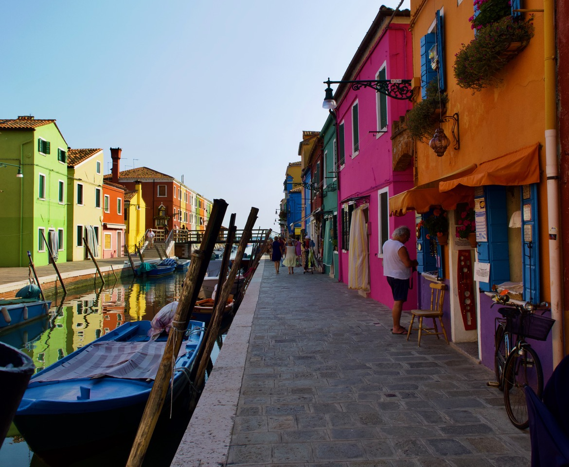 street-scene-on-murano-no-roads-only-canals-by-richard